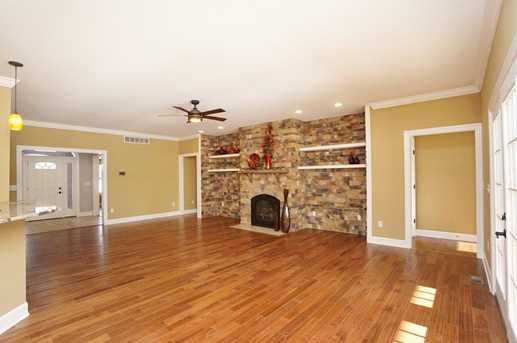 7450 Old Woods Court - Photo 6
