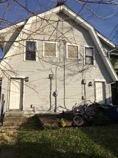 825 Carlisle Ave - Photo 2