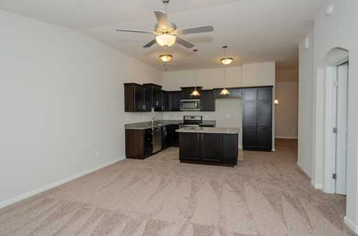 428 Heritage Square #12302 - Photo 4