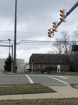 9050 Plainfield Road - Photo 16