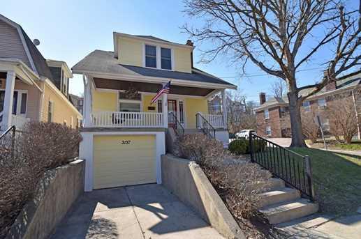 3137 Linwood Avenue - Photo 2