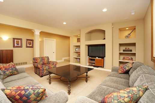 4393 Hidden Oaks Ln - Photo 18