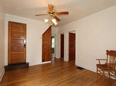 2413 Grand Ave - Photo 8