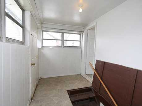 2413 Grand Ave - Photo 18