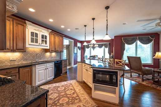 157 Chateau Valley Ln - Photo 8