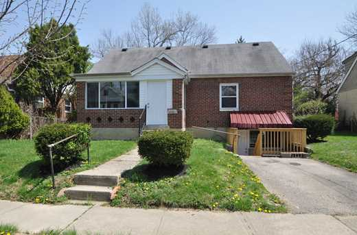 1018 Crosley Ave - Photo 1
