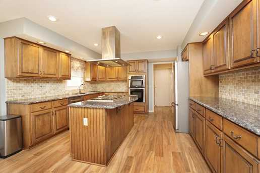 8996 Terwilligers View Ct - Photo 10