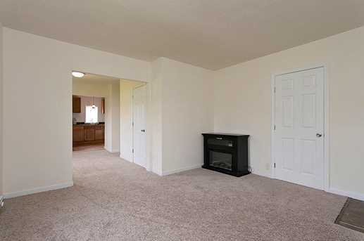 434 Lincoln Ave - Photo 4