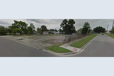 963 Weller Avenue - Photo 1