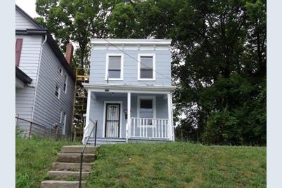 3035 Percy Avenue - Photo 1