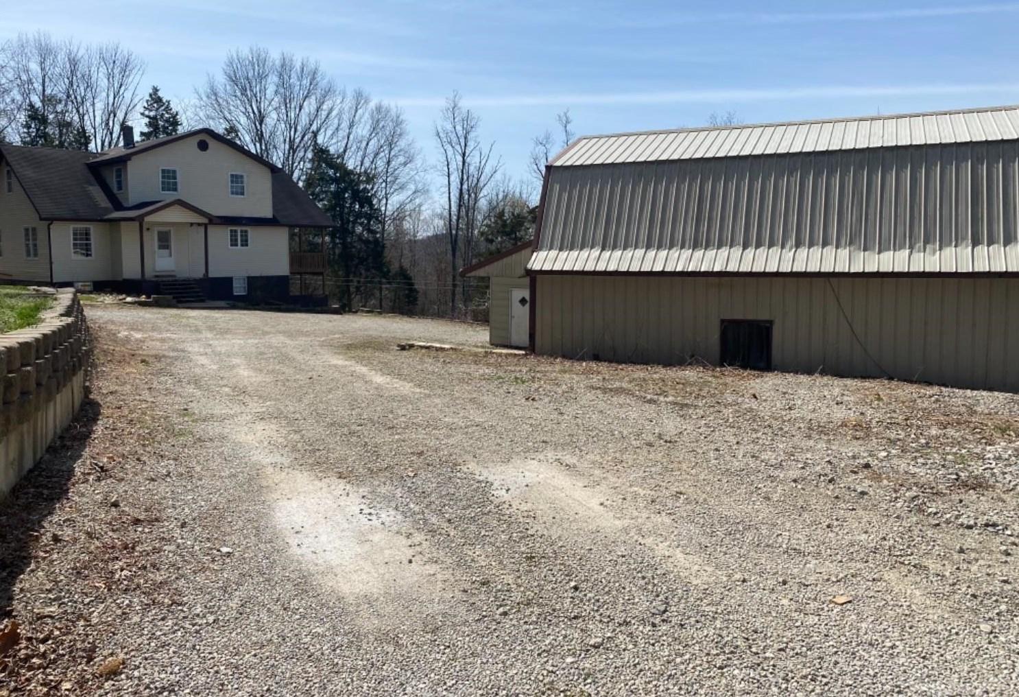 210 Walt Alsgood Rd, Nelsonville, OH 45764