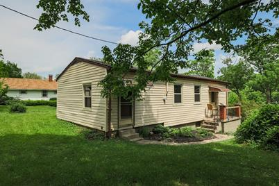 9076 Link Road - Photo 1