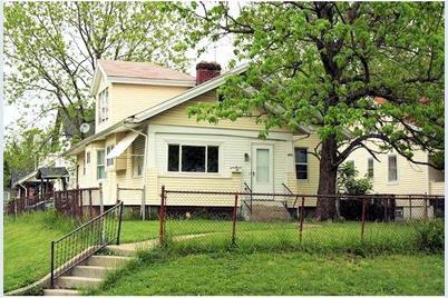 1422 Cedar Avenue - Photo 1