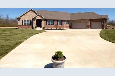 1073 Windmill Court, Troy, OH 45373 - MLS 1455526 - Coldwell Banker