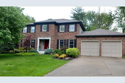 11690 Symmes Valley Drive - Photo 1