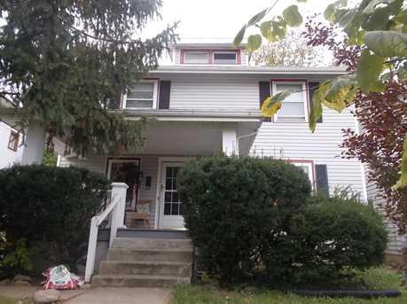 27 Birchwood Ave - Photo 1