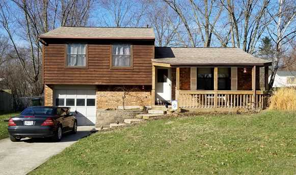 3349 Grovewood Dr - Photo 1