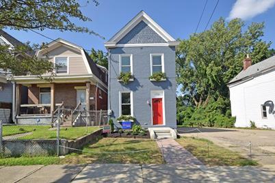 1710 Brewster Avenue - Photo 1
