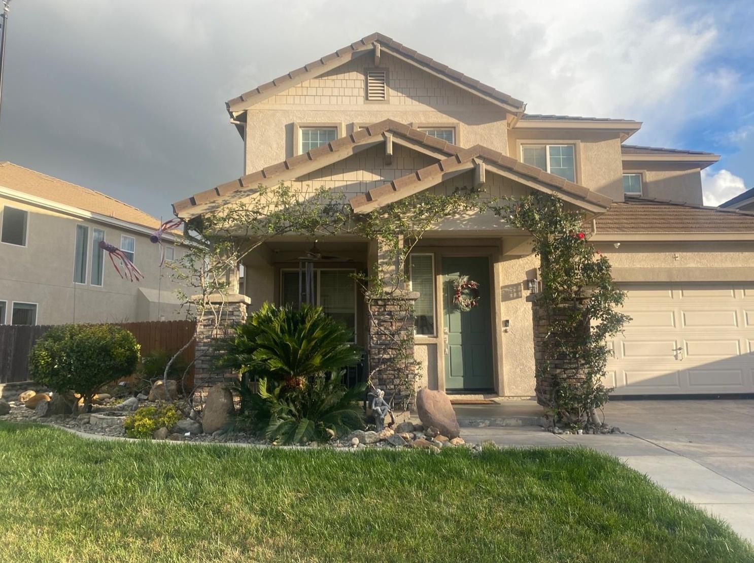 1191 Oatgrass Way, Los Banos, CA 93635