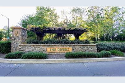 975 Fountain Drive - Photo 1