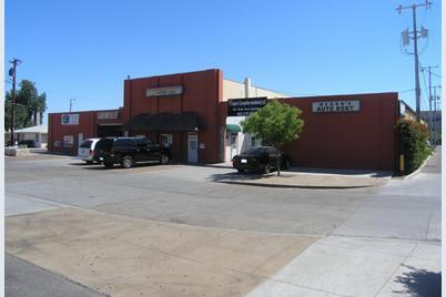 635 W Glenrosa Avenue - Photo 1