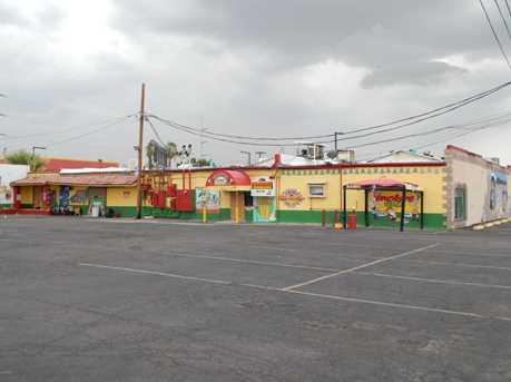 5912 W Glendale Avenue - Photo 2