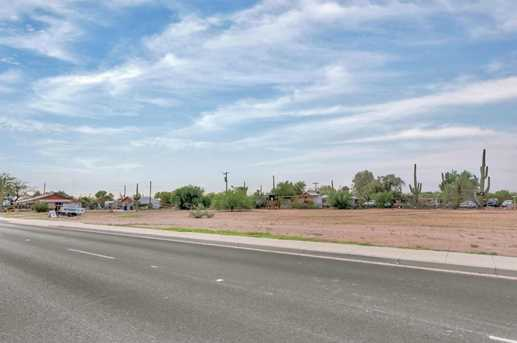 2105 W Superstition Boulevard - Photo 22