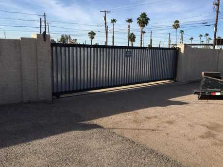 2105 W Superstition Boulevard - Photo 4