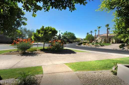 703 E Windmere Drive - Photo 2