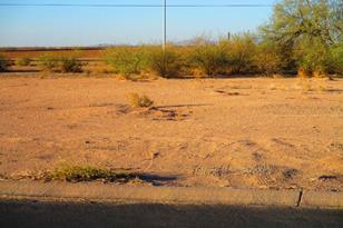 8230 W Sandy Lane - Photo 1