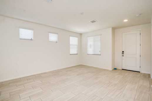 7580 W Quail Track Drive - Photo 8