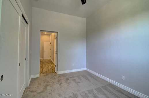 44 W Knight Lane - Photo 40
