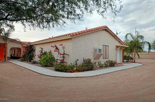 2321 W Desert Hills Drive - Photo 30