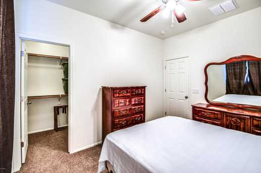 8759 W Peppertree Lane - Photo 18