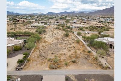 9Xx E Desert Hills Estate Drive - Photo 1