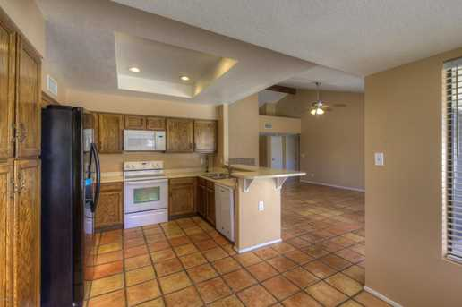 14623 N 48th Place - Photo 4