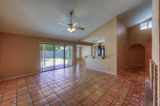 14623 N 48th Place - Photo 2
