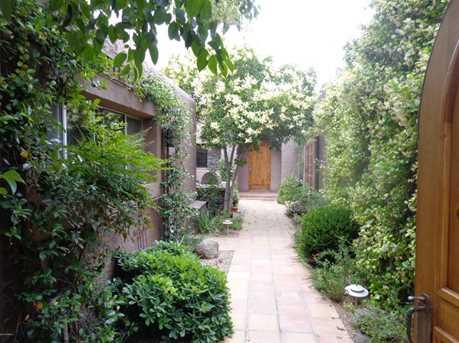 3030 N Ironwood Court - Photo 2