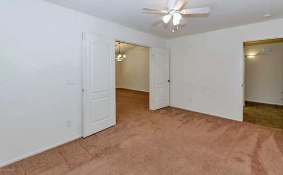 2250 W Roy Rogers Road - Photo 18