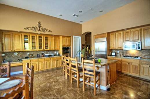 7517 E Wing Shadow Road - Photo 4