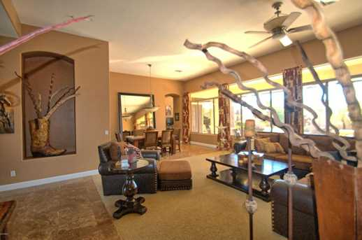 7517 E Wing Shadow Road - Photo 8