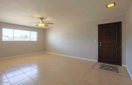 1308 E Seldon Lane - Photo 2