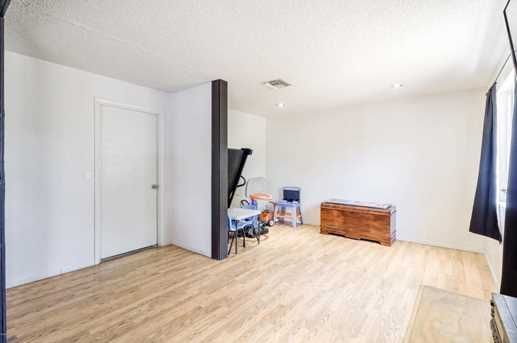 102 W 16th Ave - Photo 4