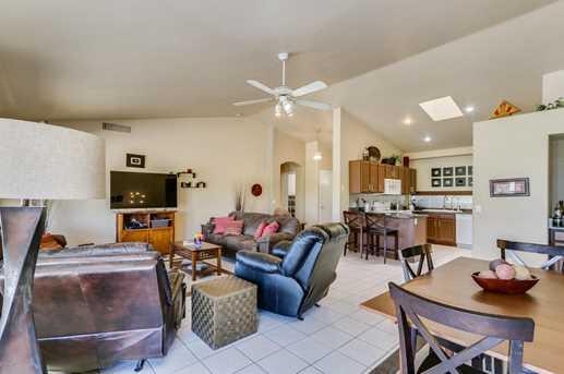 10682 W Rancho Drive - Photo 10