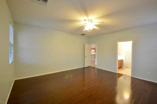 3211 W St Anne Avenue - Photo 12