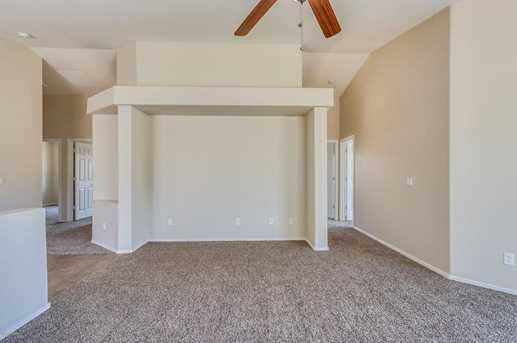 40888 N Cambria Lane - Photo 10