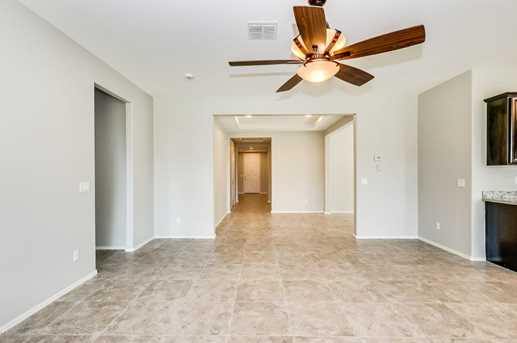 4127 W Beverly Rd - Photo 2