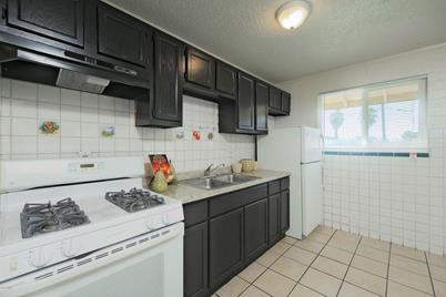 4329 N Longview Avenue #5 - Photo 1