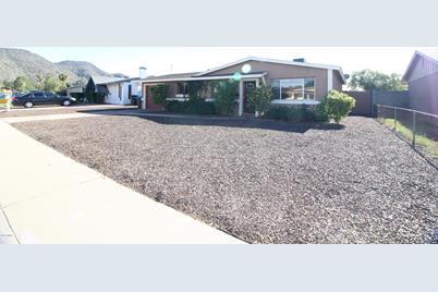 2201 W Poinsettia Drive - Photo 1