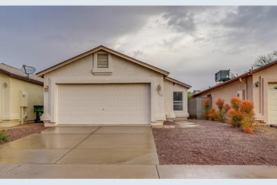 3328 W Kimberly Way - Photo 1